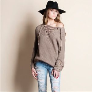 Sweaters - Oversized Lace up Sweater 🍁🍂